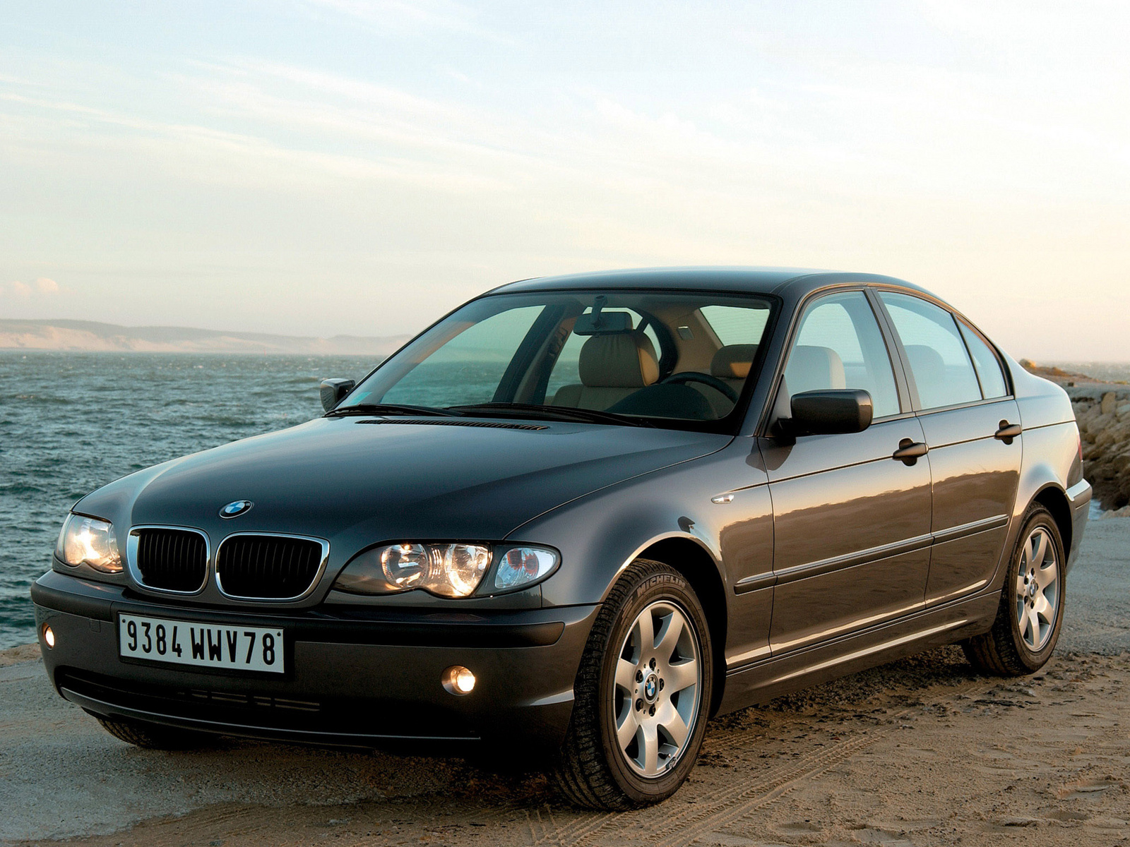 BMW 3 series 320i 2004 photo - 1
