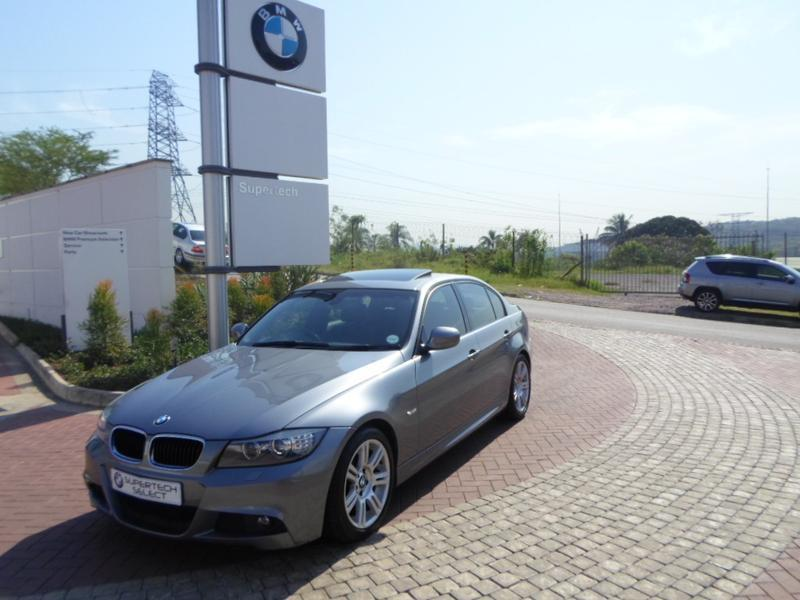 BMW 3 series 320i 2011 photo - 7