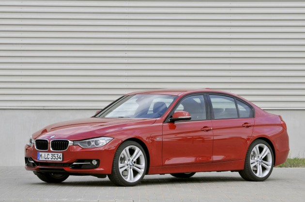 BMW 3 series 320i 2012 photo - 9
