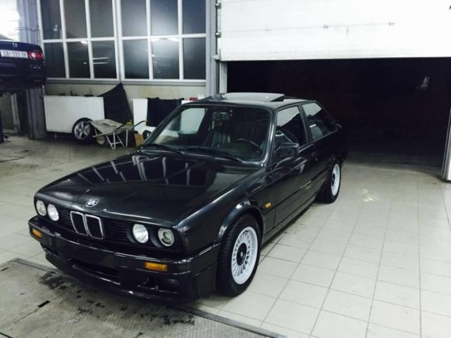 BMW 3 series 320is 1989 photo - 4