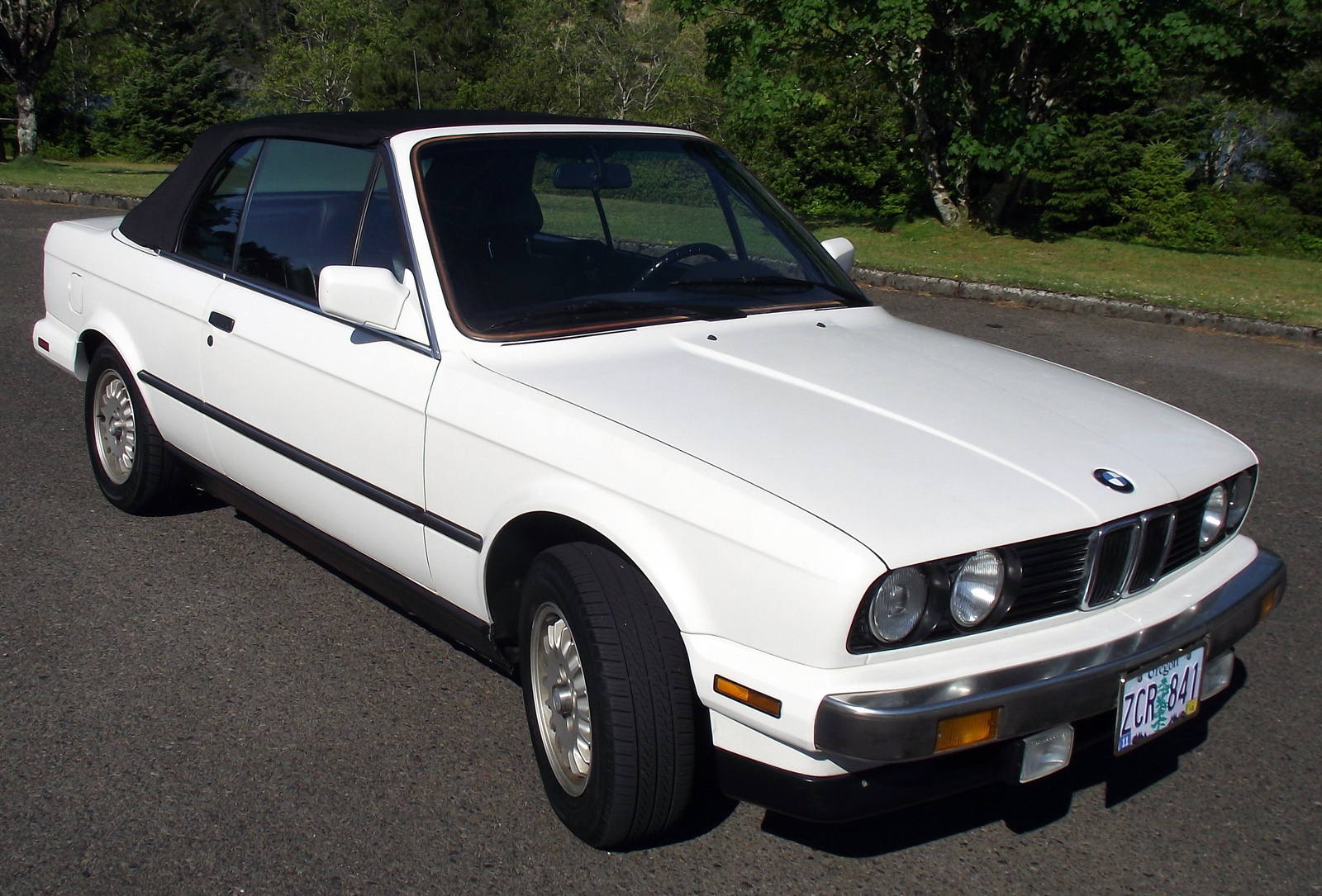 BMW 3 series 320is 1989 photo - 6