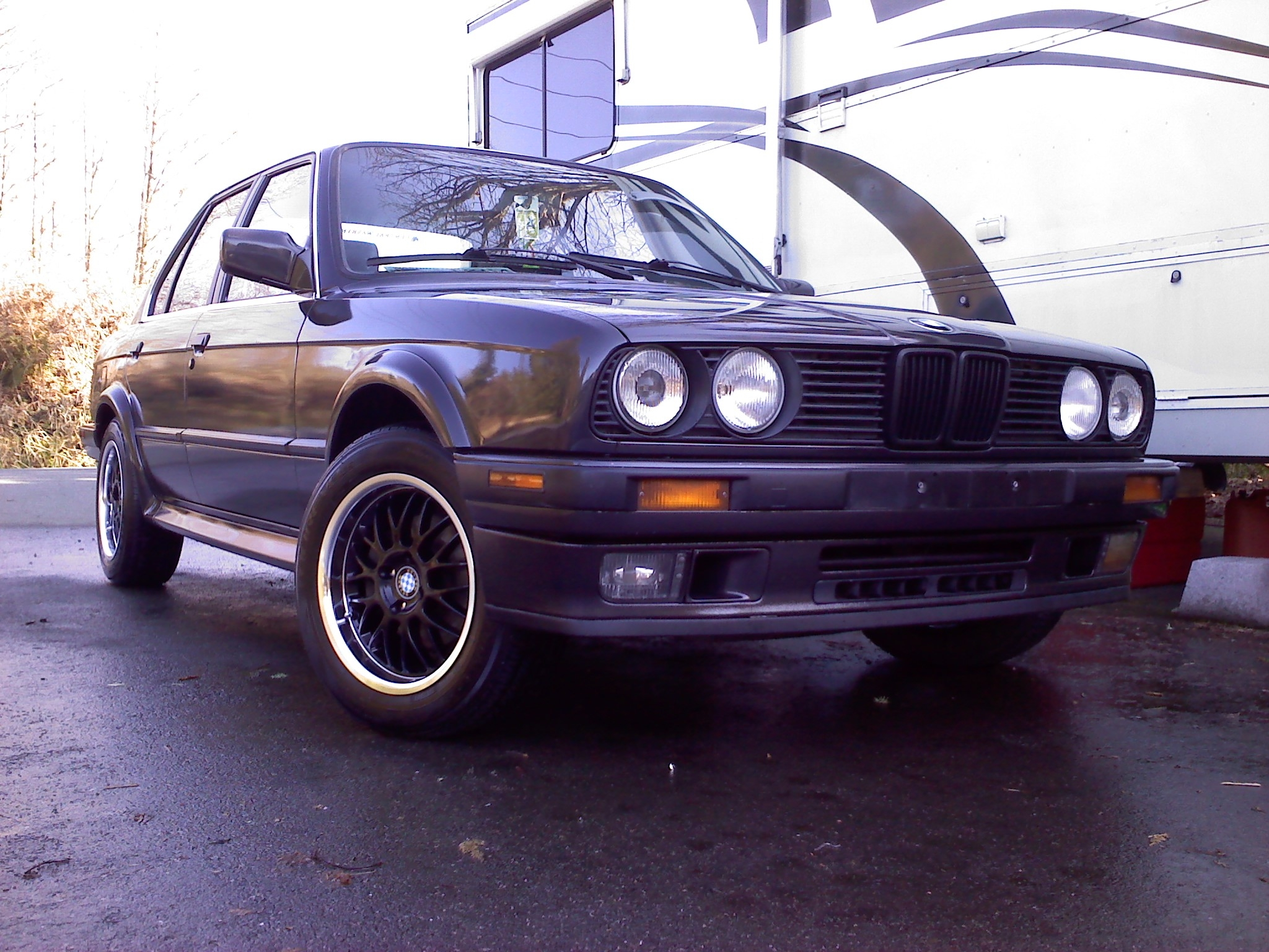 BMW 3 series 320is 1989 photo - 7