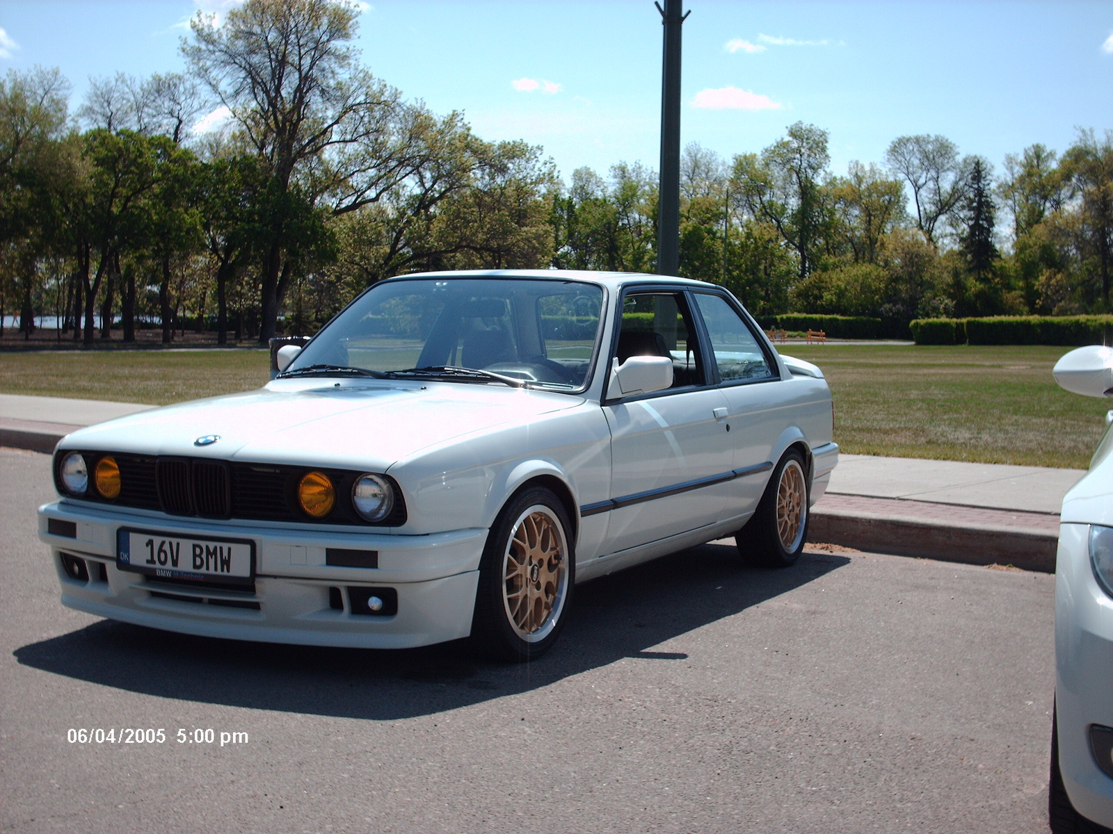 BMW 3 series 320is 1991 photo - 4