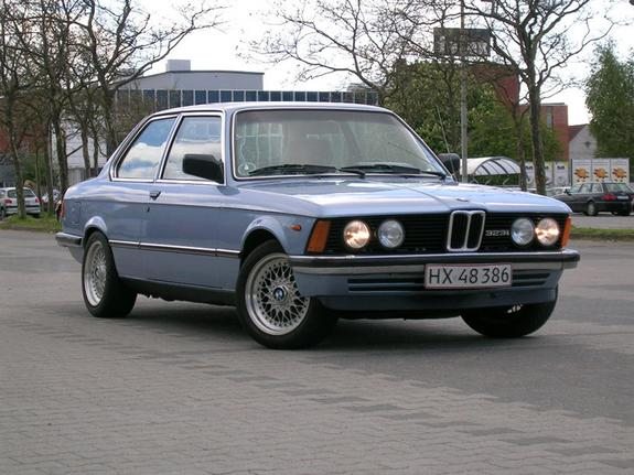 BMW 3 series 323i 1978 photo - 1