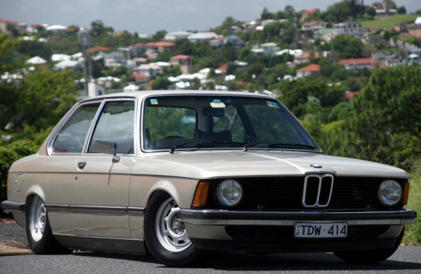 BMW 3 series 323i 1978 photo - 11