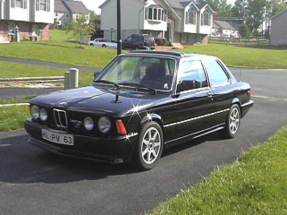 BMW 3 series 323i 1982 photo - 2