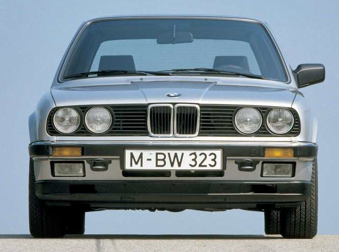 BMW 3 series 323i 1982 photo - 3