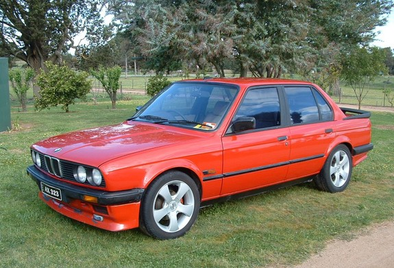 BMW 3 series 323i 1985 photo - 2