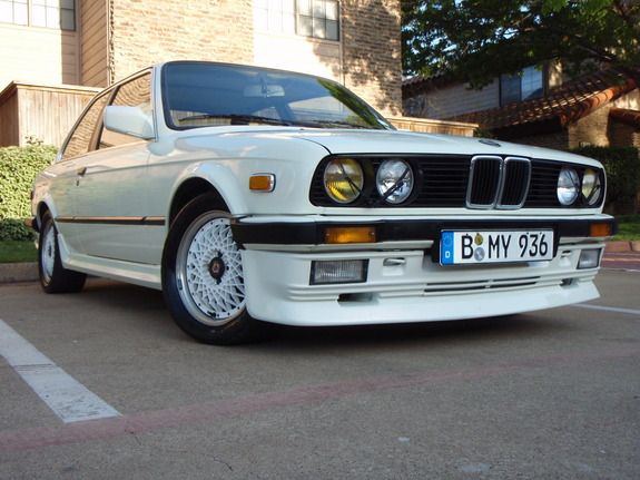 BMW 3 series 323i 1985 photo - 3