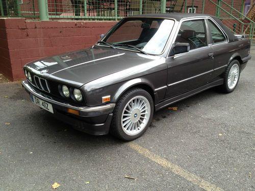 BMW 3 series 323i 1985 photo - 4