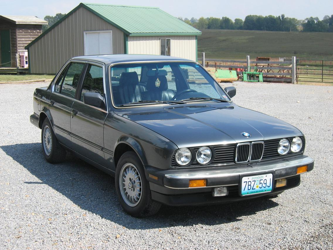 BMW 3 series 323i 1987 photo - 8