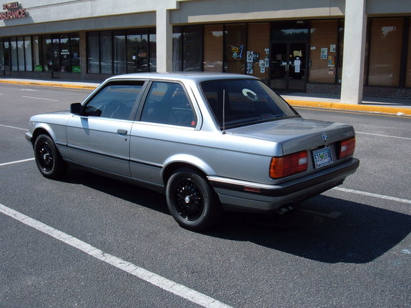 BMW 3 series 323i 1989 photo - 12