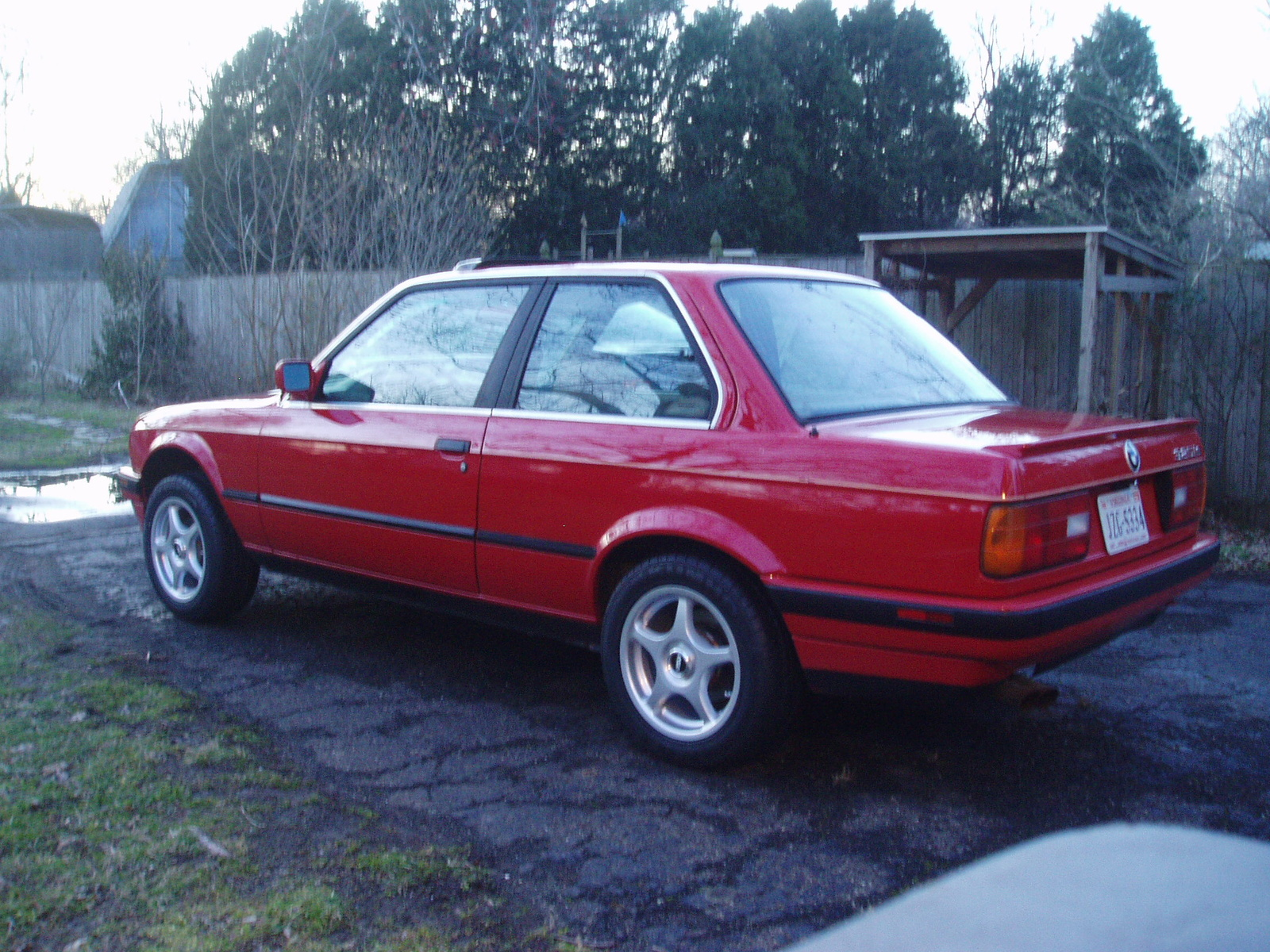 BMW 3 series 323i 1989 photo - 8