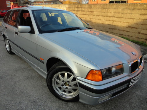 BMW 3 series 323i 1997 photo - 12