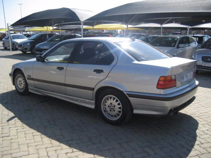 BMW 3 series 323i 1997 photo - 5