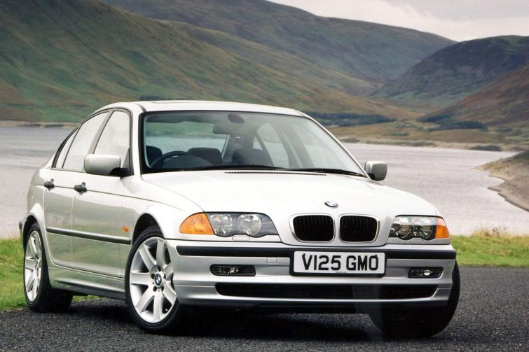 BMW 3 series 323i 2001 photo - 6