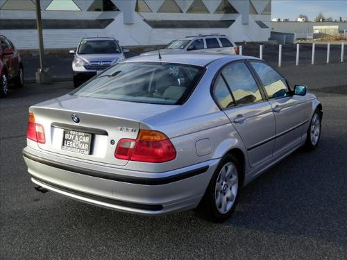 BMW 3 series 323i 2002 photo - 10