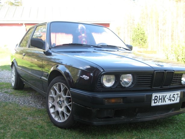 BMW 3 series 324d 1987 photo - 10