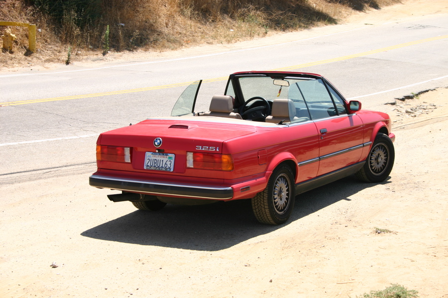 BMW 3 series 324d 1987 photo - 4