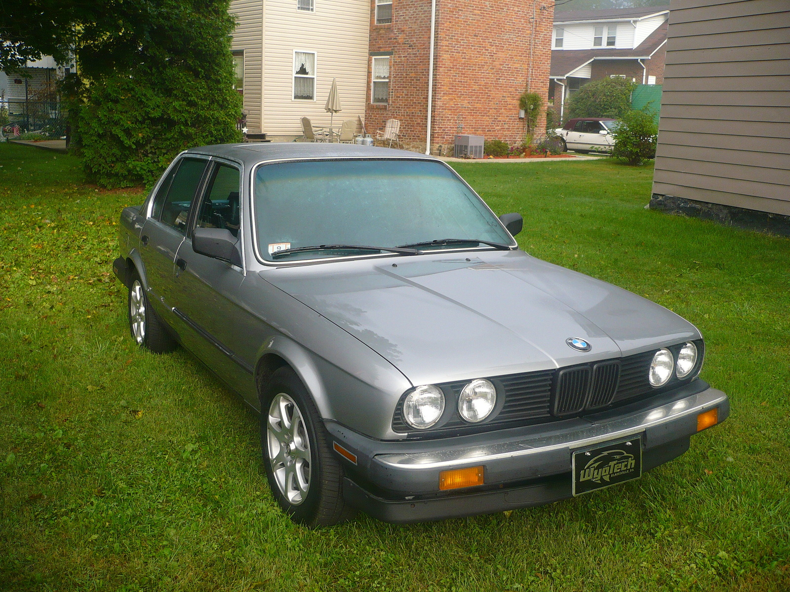 BMW 3 series 324d 1987 photo - 6