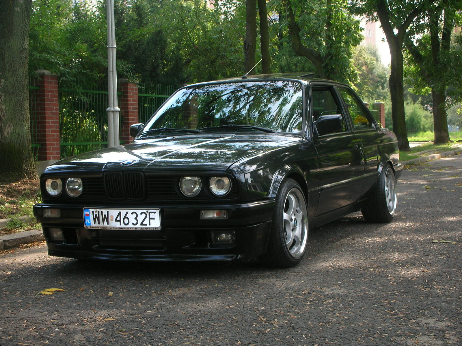 BMW 3 series 324d 1988 photo - 10