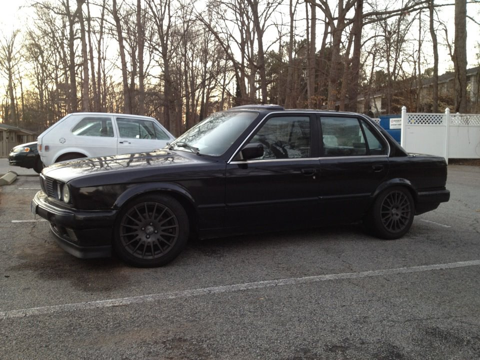 BMW 3 series 324d 1988 photo - 5