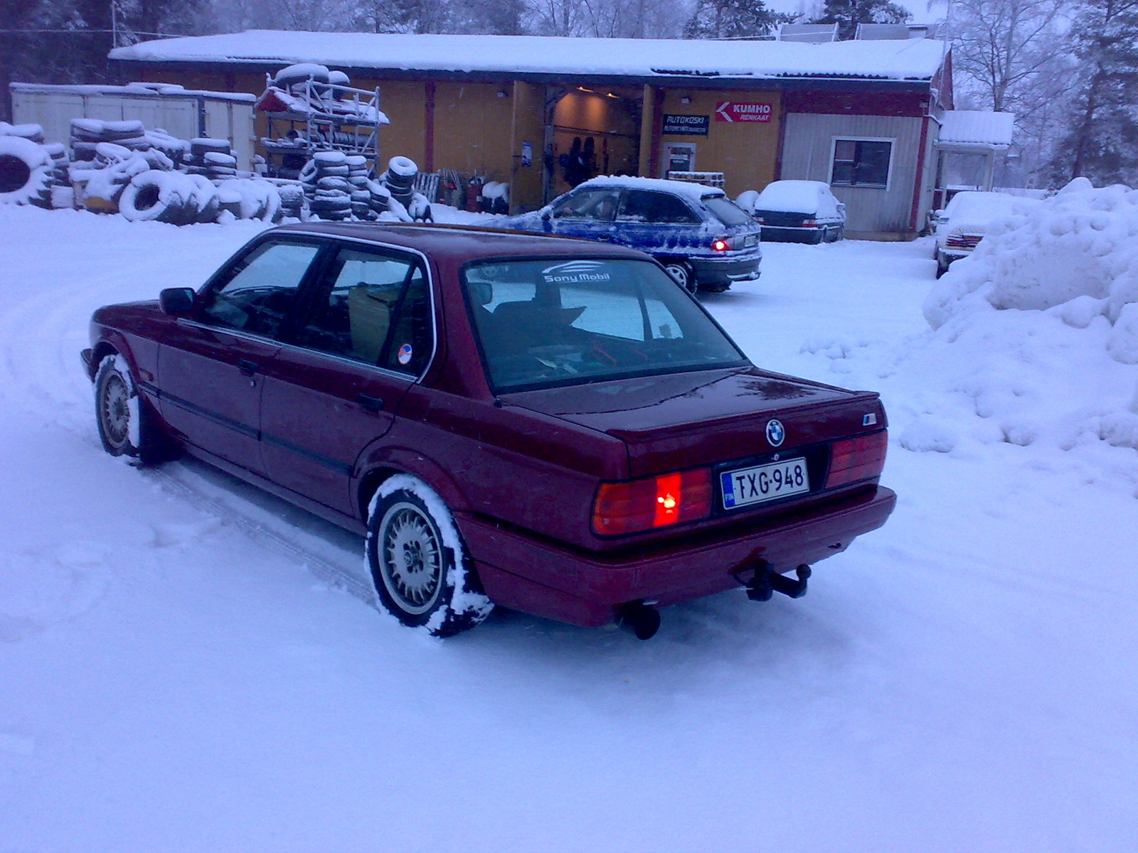 BMW 3 series 324d 1989 photo - 9