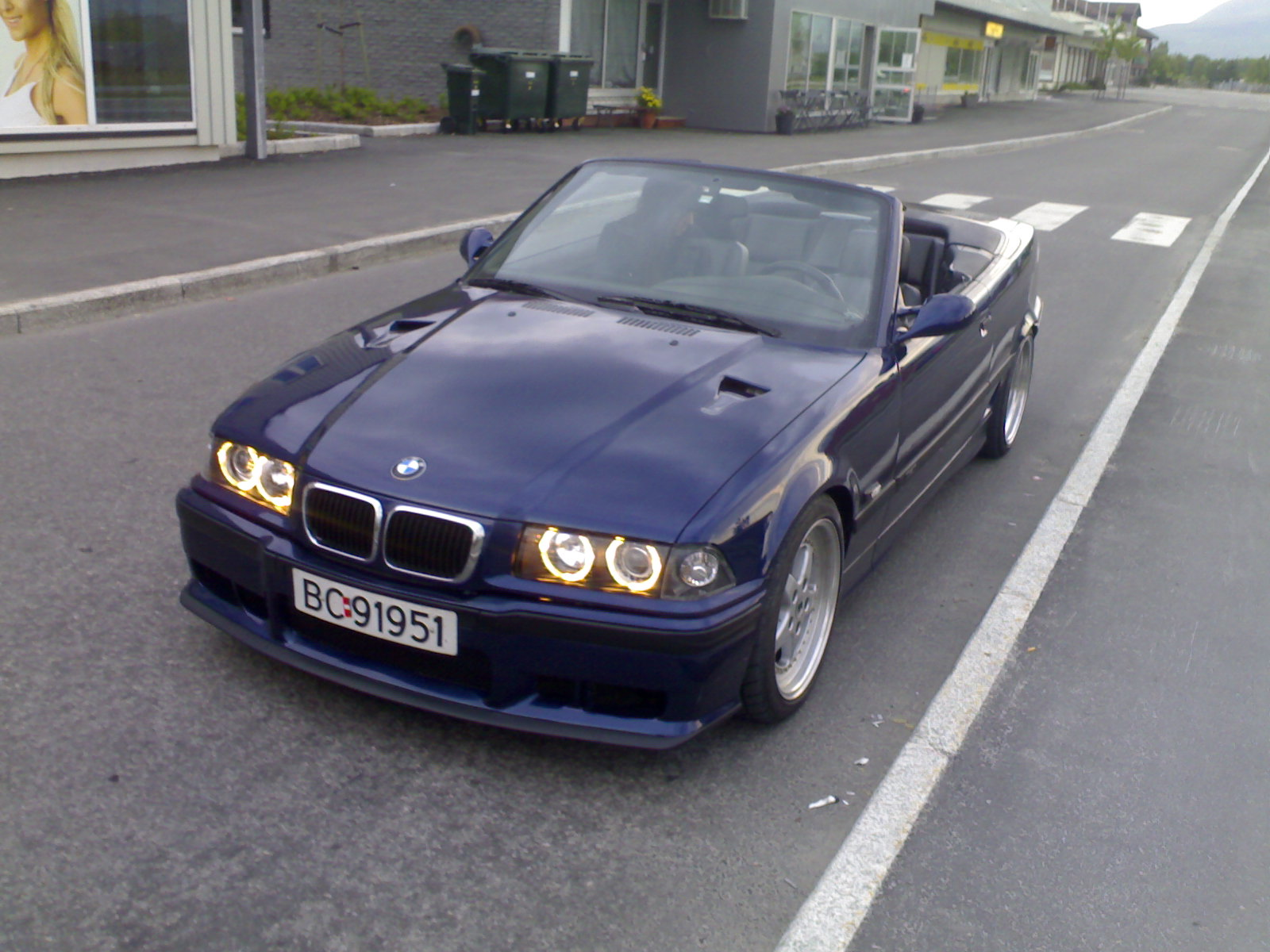 BMW 3 series 324d 1994 photo - 11
