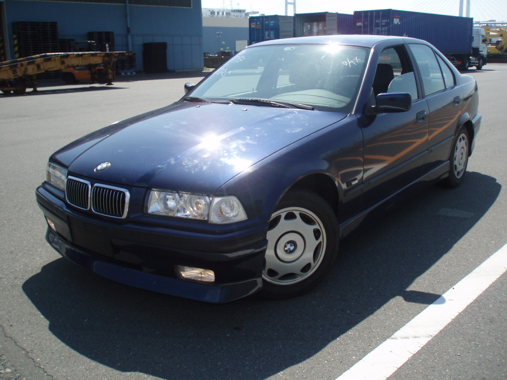BMW 3 series 324td 1992 photo - 2