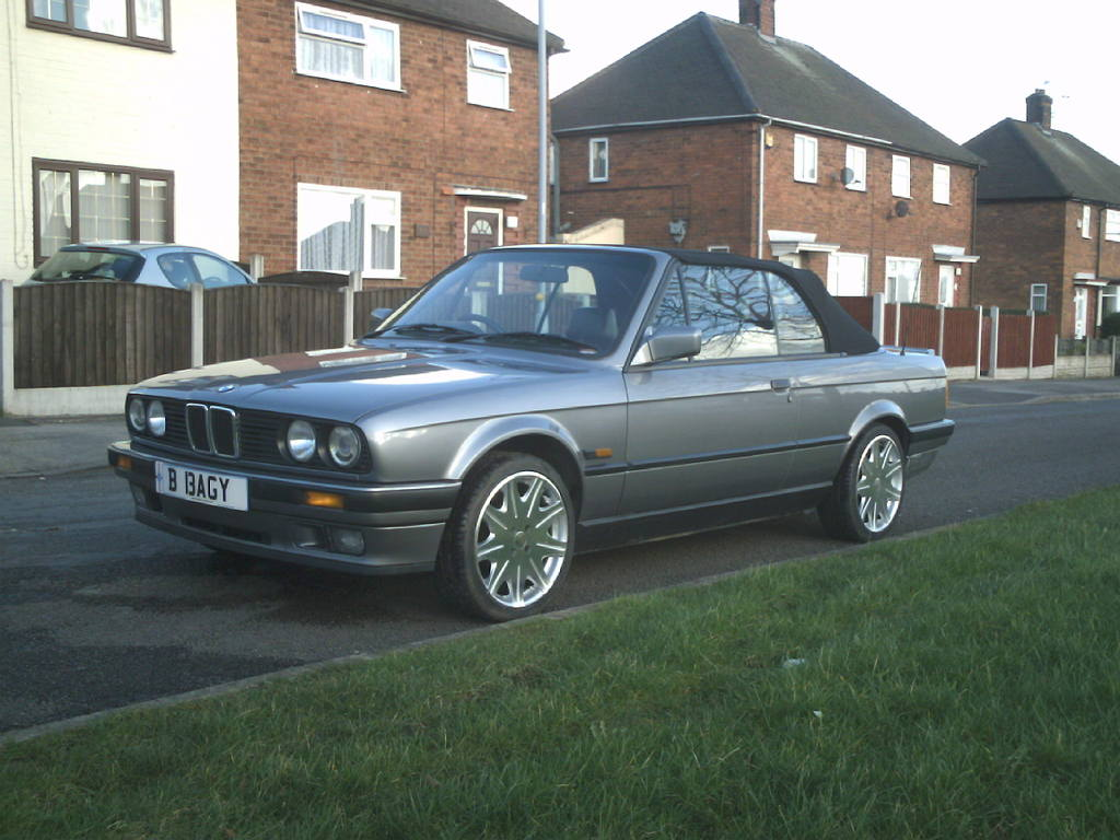 BMW 3 series 324td 1992 photo - 3
