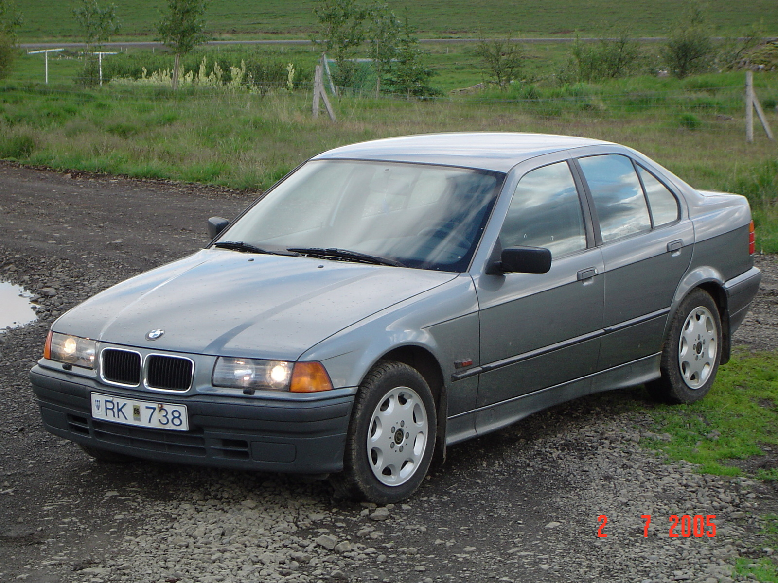 BMW 3 series 324td 1994 photo - 2