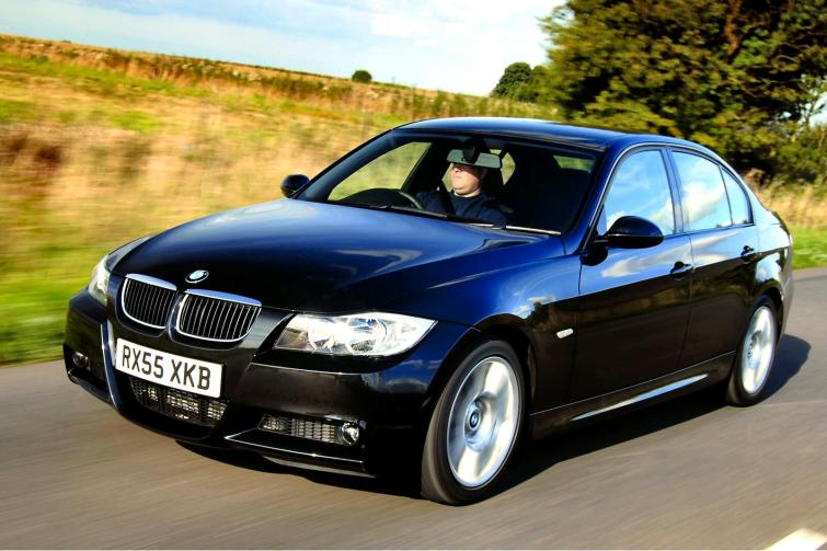 BMW 3 series 325d 2005 photo - 11