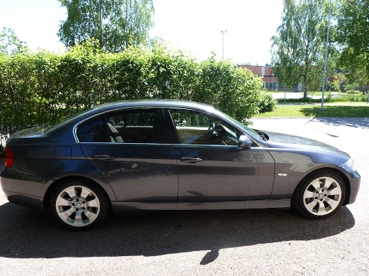 BMW 3 series 325d 2006 photo - 10