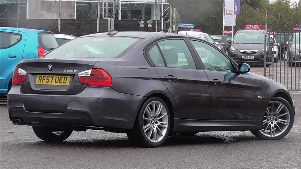 BMW 3 series 325d 2007 photo - 9