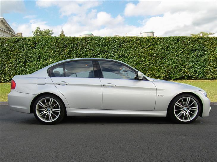 BMW 3 series 325d 2010 photo - 1