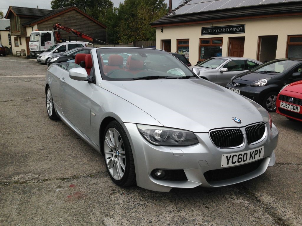 BMW 3 series 325d 2010 photo - 6