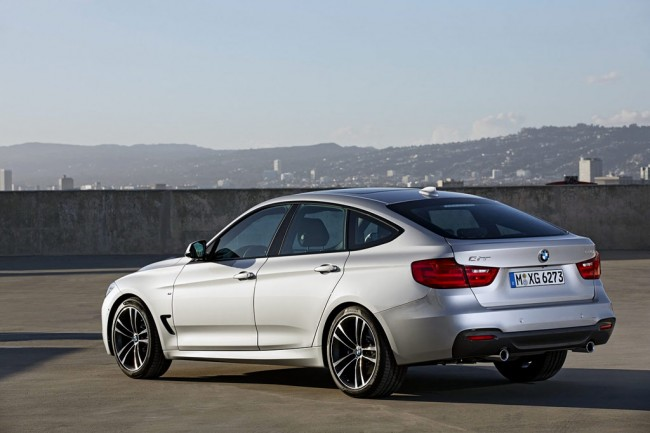 BMW 3 series 325d 2013 photo - 11