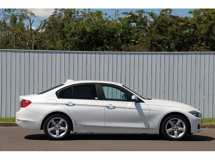 BMW 3 series 325d 2014 photo - 2