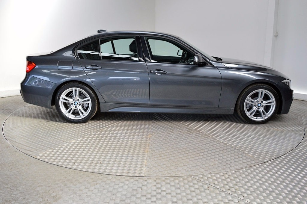 BMW 3 series 325d 2014 photo - 4