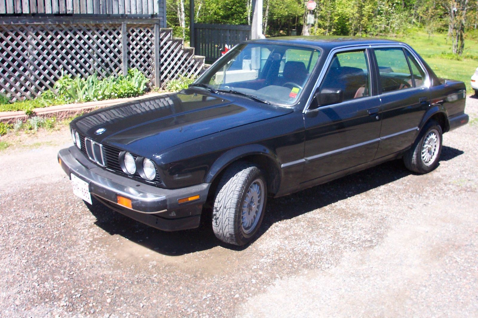 BMW 3 series 325e 1987 photo - 3
