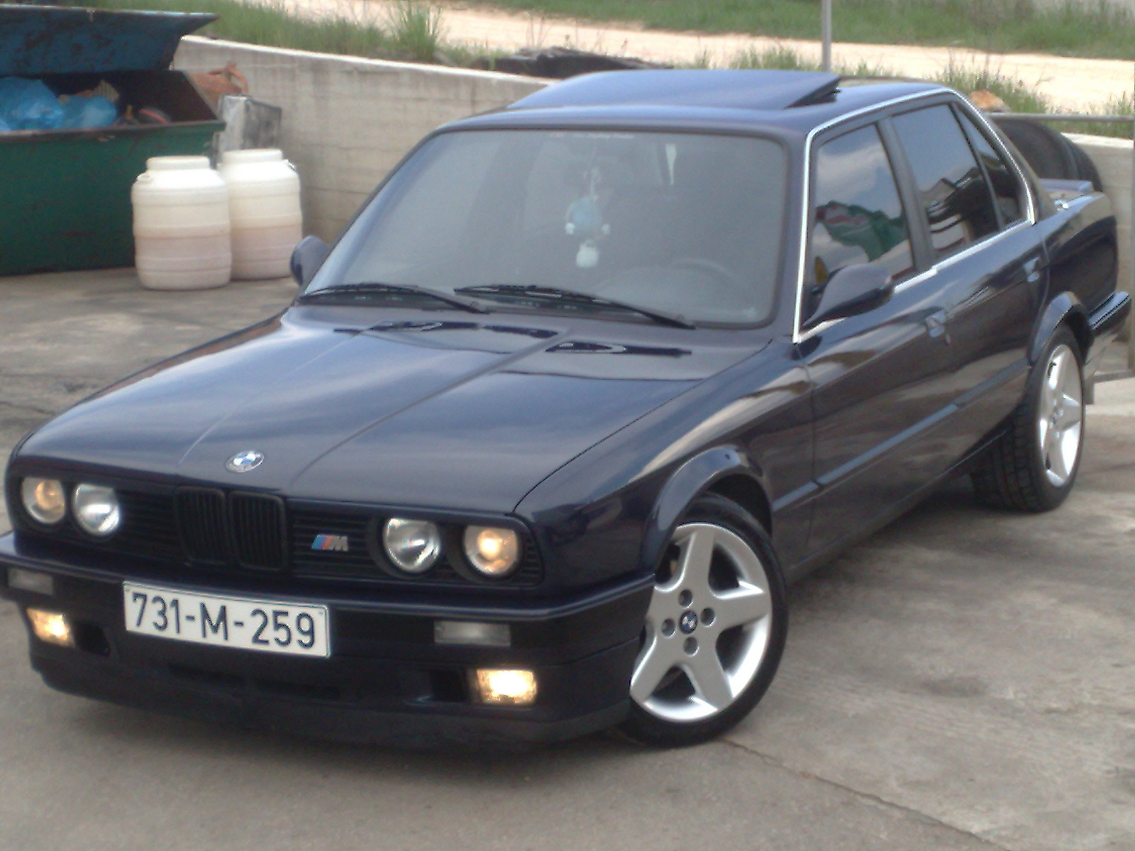 BMW 3 series 325e 1990 photo - 1