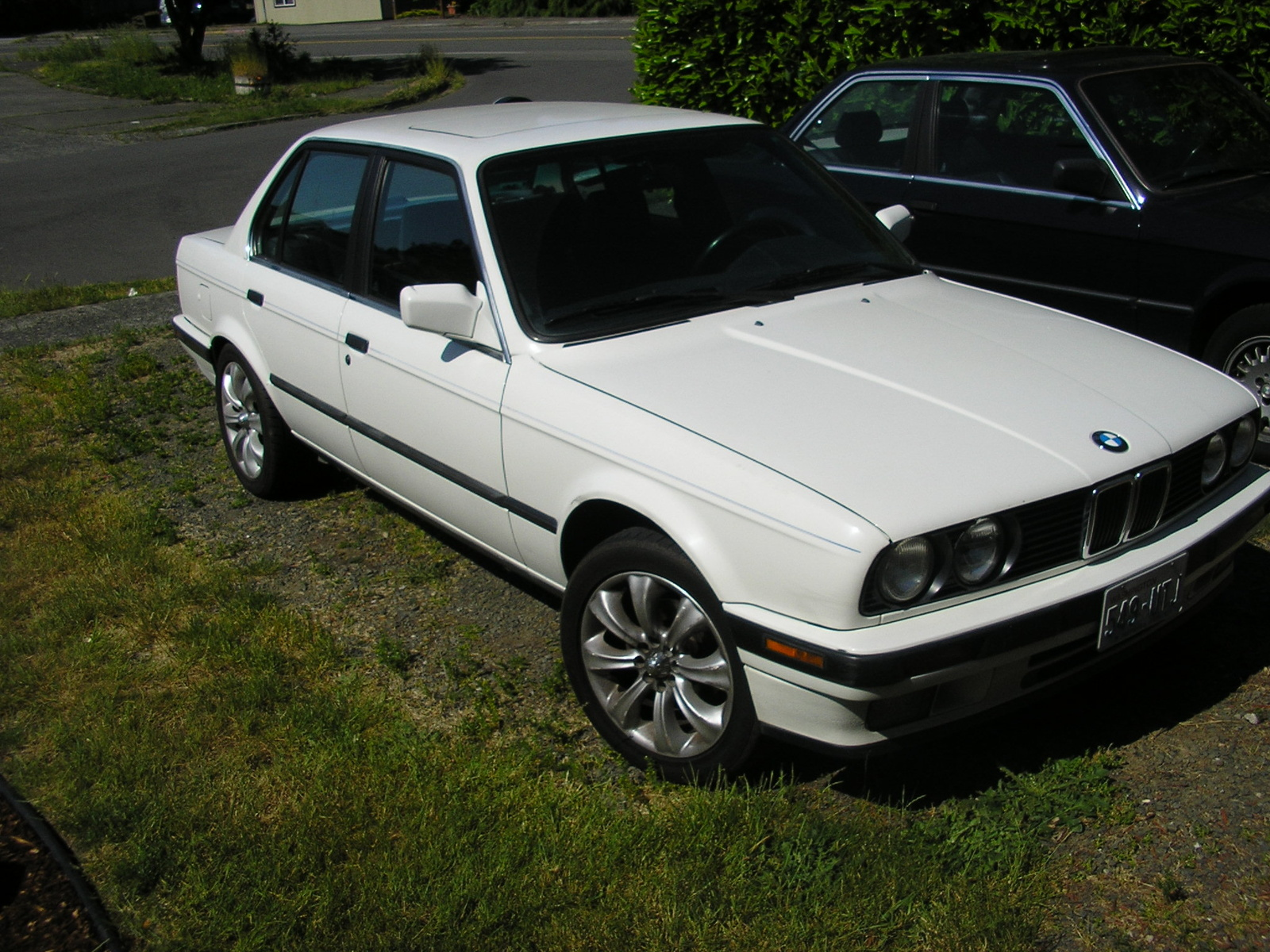 BMW 3 series 325e 1990 photo - 6