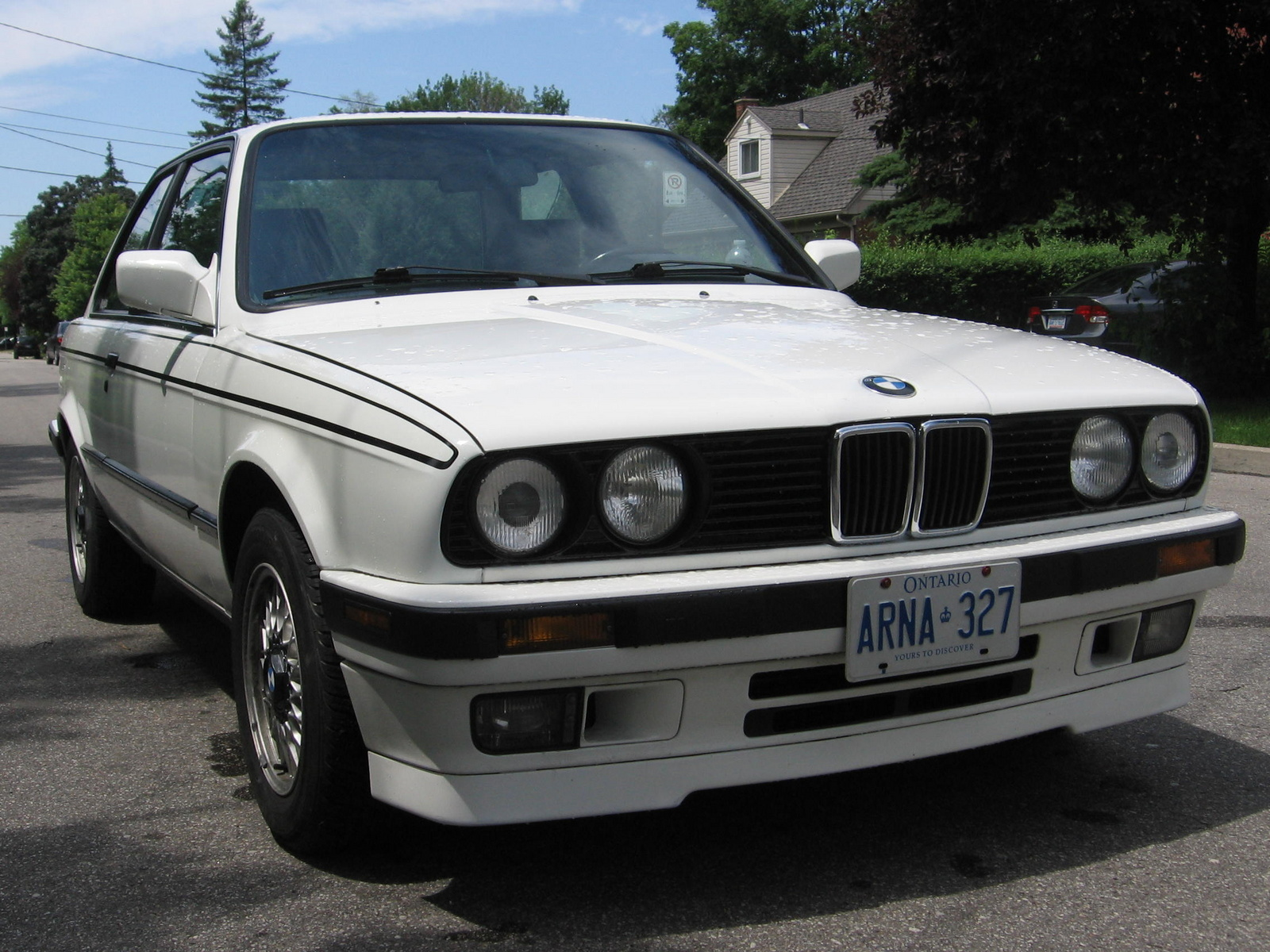 BMW 3 series 325e 1990 photo - 9