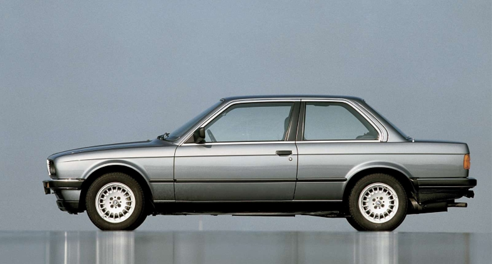 BMW 3 series 325i 1982 photo - 5