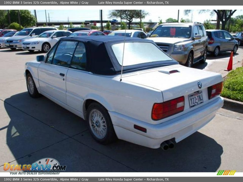 BMW 3 series 325i 1992 photo - 10
