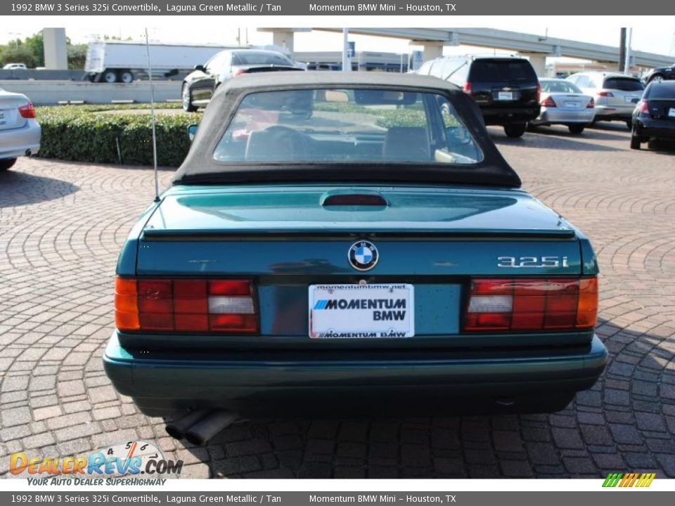 BMW 3 series 325i 1992 photo - 12