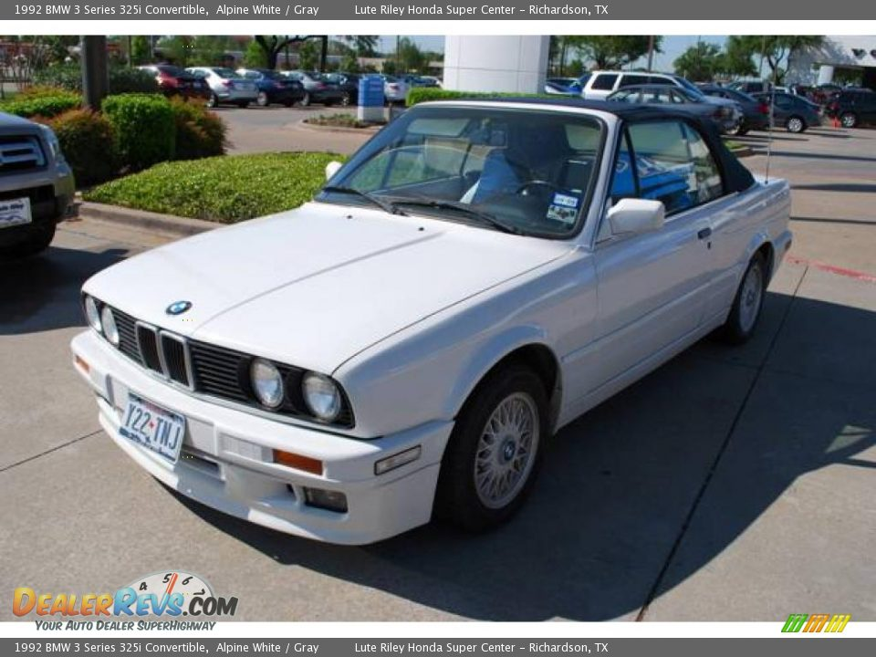 BMW 3 series 325i 1992 photo - 3