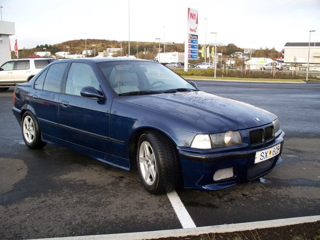 BMW 3 series 325i 1994 photo - 4