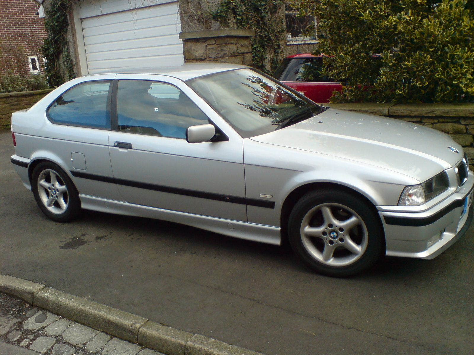 BMW 3 series 325i 1999 photo - 4