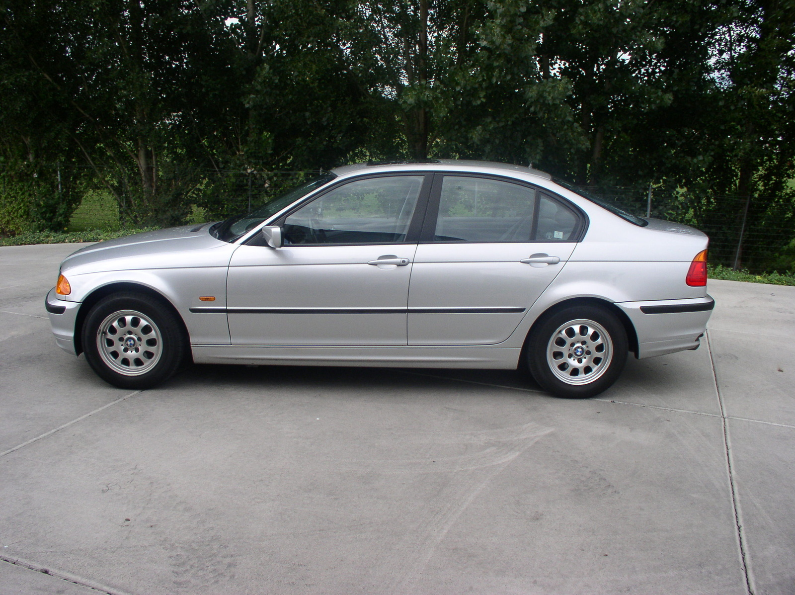 BMW 3 series 325i 1999 photo - 5